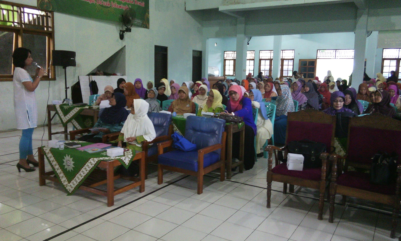 Program Edukasi tentang Kesehatan Reproduksi